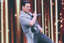 Akshay Kumar promotes 'Toilet: Ek Prem Katha' on Sa Re Ga Ma Pa L'il Champs