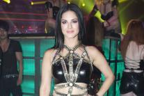 Star Spotting: Sunny Leone, Akshay Kumar, Sonakshi Sinha, Kriti Sanon, Shriya Saran...