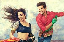 Dhadak Posters:  Jahnvi Kapoor and Ishaan Khatter Delight Fans