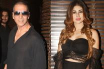 Akshay Kumar, Mouni Roy Wrap-Up 'Gold' in Style! See Pictures...