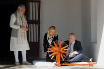 Modi and Netanyahu Weave Khadi on Charkha at Sabarmati Ashram