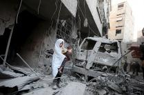 Syrian, Russian Air Strikes Kill 25 Civilians in Syria, Says Human Rights Group