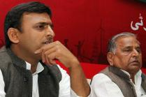 Samajwadi Party Rift: Mulayam Backs Amar, Shivpal; Meet Ends in Acrimony