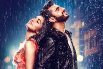 Half Girlfriend First Look: Arjun Kapoor- Shraddha Kapoor are Drenched in Love