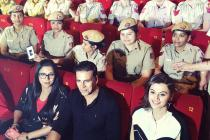 Akshay Attends Naam Shabana Screening With Women Police Officers