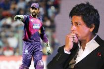 Shah Rukh Khan Ready to Sell his Pyjama to Buy MS Dhoni in IPL 2018