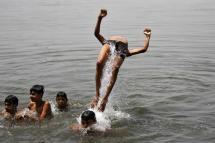 Heat Wave Continues to Grip India, 2 Die of Sunstroke in Kerala