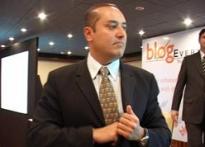 Sabeer Bhatia wants you to blog