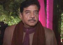 Aamir should apologise: Shatrughan