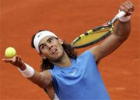 Nadal wins after choking on banana