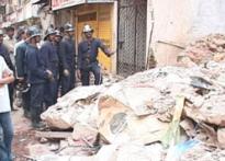 Mumbai firemen in need of rescue
