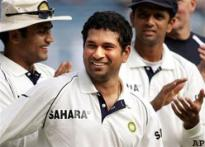 Ex-cricketers bat for Tendulkar
