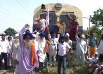Punjab farmers join acquisition cry