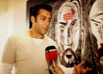 Salman Khan says Eid Mubarak