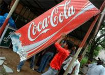 Gandhi<i>giri</i> to stop Coke-laden trucks