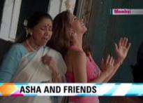 Urmila turns singer for 'friend' Asha