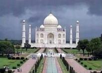 Taj defaced by corridor of ugliness