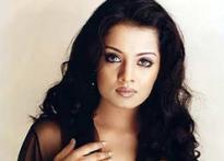 Check out Celina's sari affair