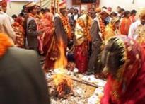 She arranges weddings in dozens