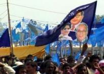 EC cuts red tape off Mulayam regime