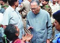 Sari stampede: Lalji gets clean chit