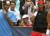 Easy for Nadal, Federer struggles