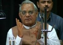 Sonia calls Vajpayee for Patil, snubbed