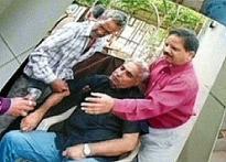 Son shouts injustice, SC stays Ujjain Prof murder trial