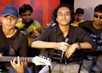 Kolkata band sings for a Team India victory