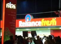 800 Reliance Fresh employees lose their jobs