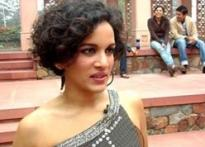 Anoushka gets glamorous for the shutterbug