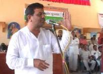 Surat traders' pool in Rs 200 crores against Modi