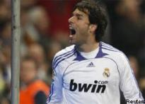 Van Nistelrooy to remain with Real Madrid till 2010
