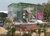 Theatre student's drama: in glass house for 15 days