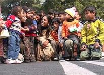 Kids brave cold to join Republic Day festivities
