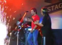 Saif strums up a storm in B'lore Bolly-rock show