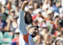 Aussie paper says Bhajji made 'monkey gesture'