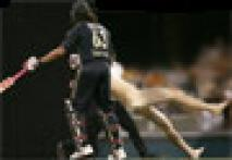 </a><a href='/photogallery/738.html'>In Pics:  Andrew Symonds grounds a streaker</a>