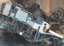 Bus falls into Narmada canal, 41 children die | <a href='http://www.ibnlive.com/photogallery/801.html'>In Pics</a>