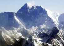 Nepal kicks out Everest climber for supporting Tibet