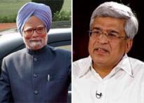Prakash Karat, Manmohan Singh relationship touches a new low