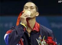 Somjit wins flyweight gold, Lomachenko takes featherweight