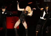 Madonna gets flak for equating McCain with Hitler