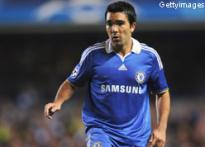 Chelsea's injury list grows; Carvalho, Deco sidelined