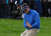 Fernandez-Castano wins British Masters, Jeev ends fifth