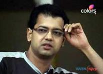 Theatrics or emotion? Rahul talks of dad on <i>Bigg Boss</i>
