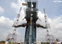 Indian spacecraft will try to unravel moon's origin