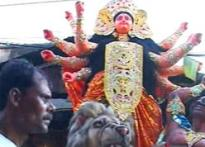 Kumartuli artisans help Kolkata celebrate Durga puja