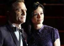 </a><a href='http://ibnlive.in.com/photogallery/1061.html'>Pics: Royal premiere of <i>Quantum of Solace</i></a>