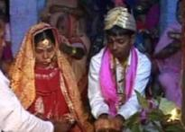 Kosi flood victims marry in Bihar relief camp